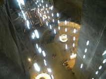 Imagine din lift. Coborind in Salina Turda