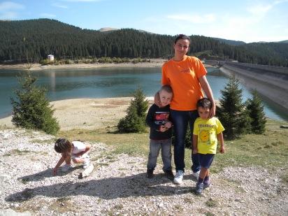 Cu baietii si Ilinca la Lacul Bolboci