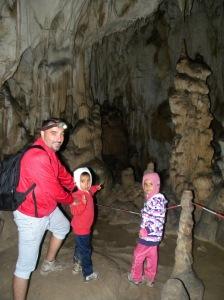 Intr-una dintre cele mai frumoase sali ale Pesterii Ghetarul Vartop