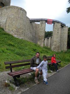 Podul de acces construit pe timpul lui Ștefan cel Mare